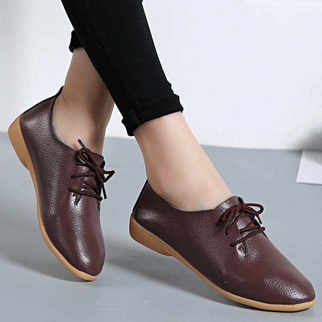 size 40 01b56 a49c5 US $18.32  Echtes Leder Frauen Flache Mode Kausalen Loafer Spitz Frauen  Schuhe Große Größe 35 44 Lace Up Damen Schuhe neue Ankunft YD700 in Echtes  ...