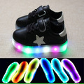 2017 de la manera europea de colores bebé shoes ventas calientes fresco led kids shoes niños niñas noble niños zapatillas de deporte casuales de alta calidad