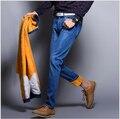Jeans para hombre Nuevo Invierno Espesar Estiramiento Pantalones Vaqueros con Cálida Lana de Alta Calidad Denim Jean Pantalones Tamaño 28-38