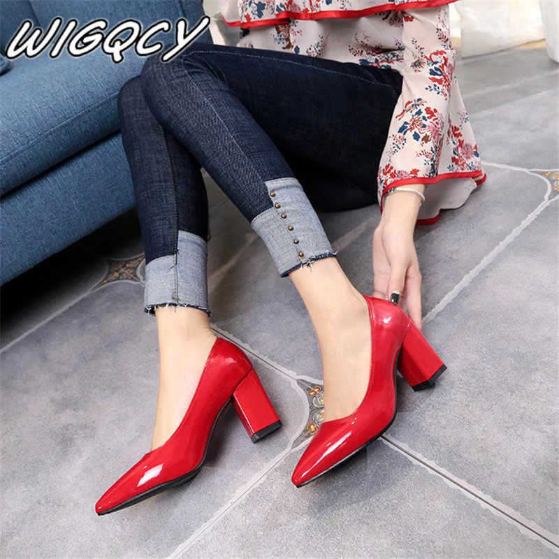 2020 neue Frauen Pumps Schwarz High heels 7,5 cm Dame Patent leder Dick mit Herbst Zeigte Einzelne Schuhe Weiblichen Sandalen große 33-43