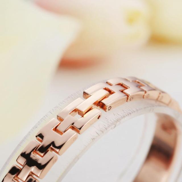 LVPAI Stainless Steel Bracelet Watches Women Crystal Quartz Wristwatch Clock Female Ladies Dress Watch Gold Bayan Kol Saati*1218