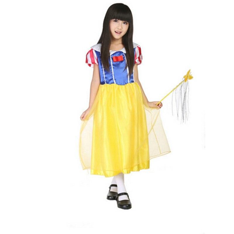 Halloween Bambini abbigliamento performance di danza ragazza carina nero  femmina strega mantello + cappello da mago guidata vestiti abbigliamento in  ... e7965b71433a
