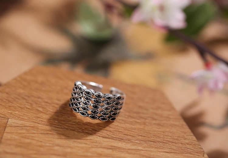 レトロタイのシルバーブラッククリスタルフラワー 925 スターリングシルバー女性の指輪の宝石女性オープンリングパーティー婚約ギフト
