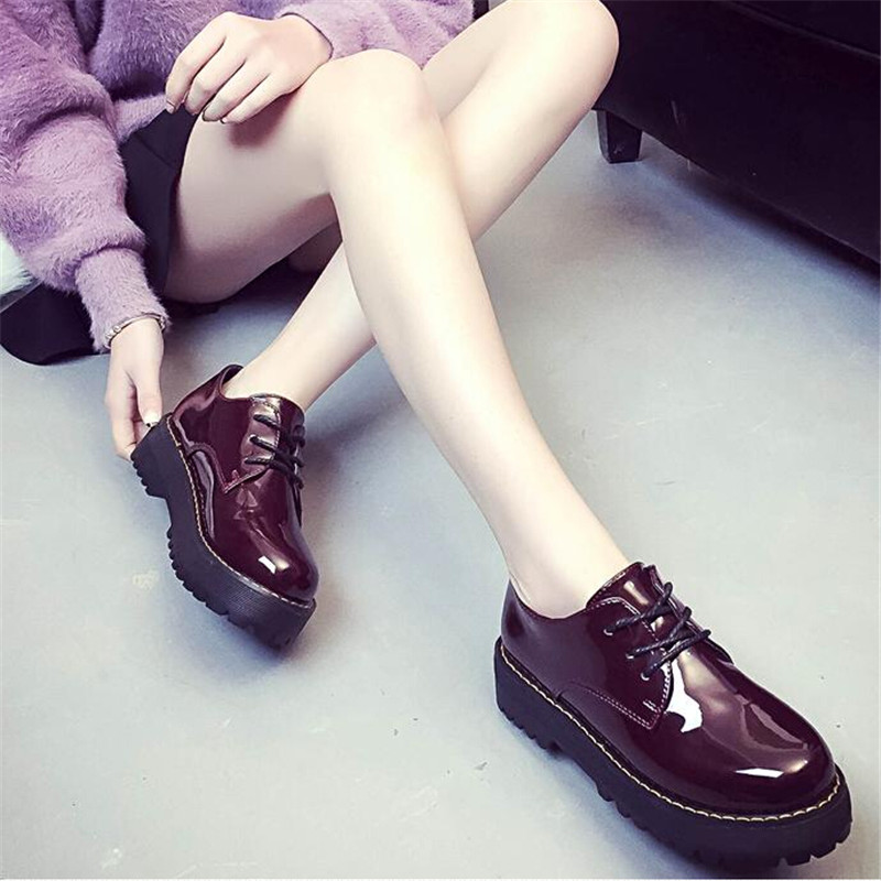 Oxfords Shoes Woman 2016 Platform Creepers Patent Leather Flats Casual Lace-Up Loafers Women Brogue Shoes Ladies Flat Shoes programmable logic controller module cp1l m30dt d plc cpu dc input 18 point transistor output 12 point