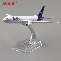 16cm Plane Model Toys for Kids Fedex Express Boeing Simulation B777 Alloy Diecast 1/400 Airplane Aircraft with Stand