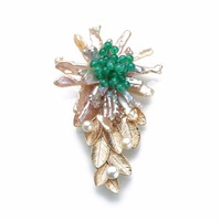 CKKU Jewelry Baroque Pearls Round Green Beads Golden Metallic Leaves Handmade Brooch for Lady Dresses Jewelry Accessories FPB103