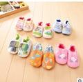 Venta caliente Encantador Suave Del Bebé Niños Niñas Niños Zapatos Zapatillas Nuevo Estilo Del Algodón Del Niño Resbalón-Oroof Primeros Caminante Infantil zapatos