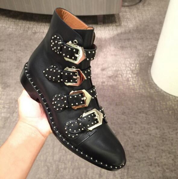 Fashion Brand Rivet Buckle Designer Bootie Female Low Heel Solid Black Leather Ankle Boot Side Zipper Womens Motorcycle Booties