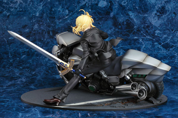 Classic Anime Fate Zero Saber Motored Cuirassier 1/8 Scale Action Figures PVC brinquedos Collection Figures toys christmas gift fate zero volume 1