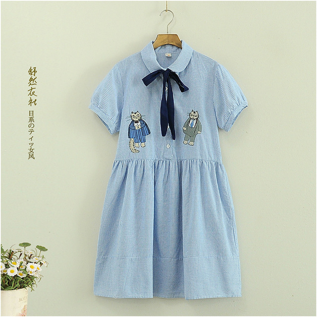 Summer new Japan Fashion Mori girls dress Sailor blue striped two cats embroidery Sweet  Women Doll Loose short-sleeve dresses