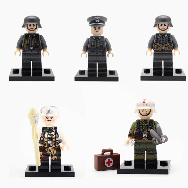 4PCS/LOT WW2 Military German Snow Army Soldier Figures Building Blocks German Officers Soldiers Medic Parts Weapon Bricks Toy