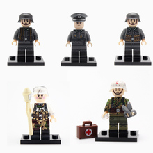 4PCS/LOT WW2 Military German Snow Army Soldier Figures Building Blocks Officers Soldiers Medic Parts Weapon Bricks Toy