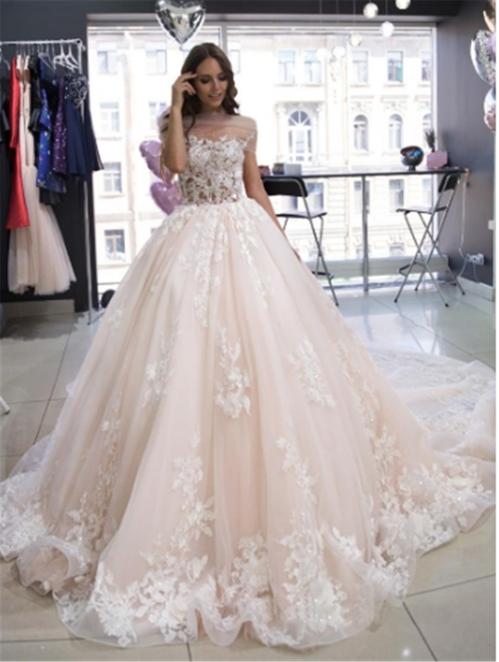 New Arrival Charming Embroidery On Net Wedding Dress 2019 Ball Gown Illusion Custom-made Bridal Gown Vestido De Noiva