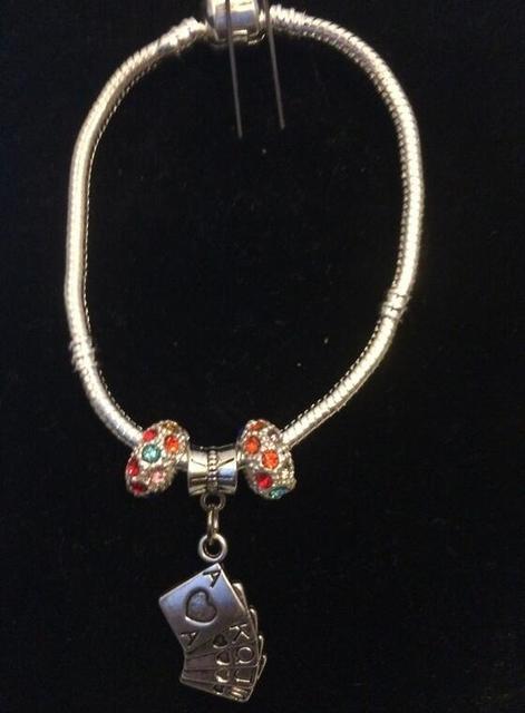 f476874c0377 Regalos de vacaciones 5 unids plata vintage straight flush poker colgante  encanto cristal Cuentas Lucky pulseras