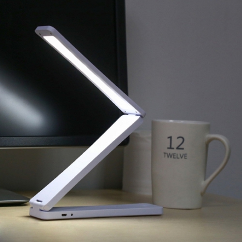 DC5V 1.5W 120LM 17LEDs  Creative Eye-protection USB LED Table Lamp Folding Night Light for Office Bedroom Living Room new arrival rgb folding notebook led light 5 colors creative gifts 5v usb rechargeable book lamp eye protecting night lights