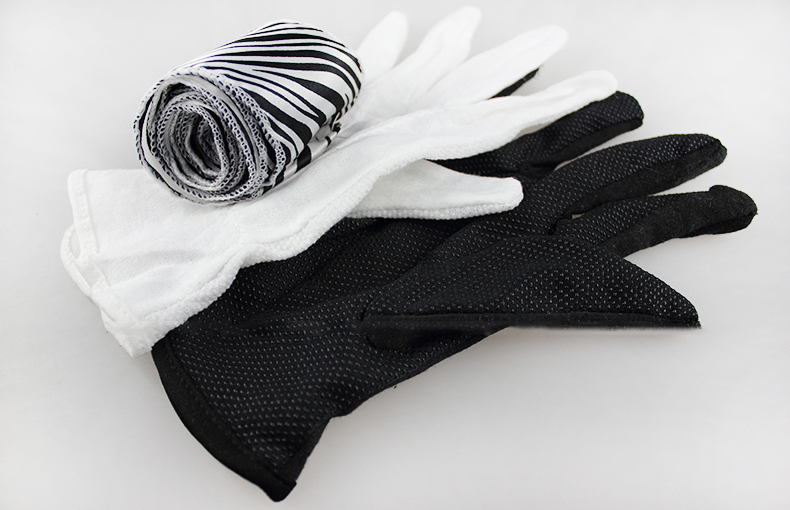 Glove To Zebra Silk Close Up Magic Trick Professional Magician Street Stage Party Magia Props Easy To Do