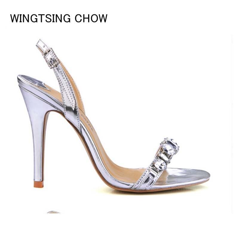 2018 Moda de Nueva Marca mujeres oro gladiador Sandalias de tacón alto  elegante rhinestone verano hebilla de plata bombas partido zapatos de boda e6055cef0304