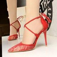 Seksi Çapraz Ayak Bileği Askı Flock Gece Kulübü Pompalar 2018 Moda Kadın Yüksek topuklu 10 cm Zarif Dantel Kadın Kırmızı Pembe Için Ayakkabı Oymak