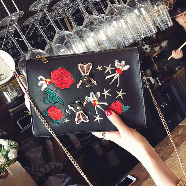 Women Envelope Bag Pu leather Handbag Fashion Flower Embroidered shoulder bags Ladies Crossbody Messenger Bag Day Clutch Purses
