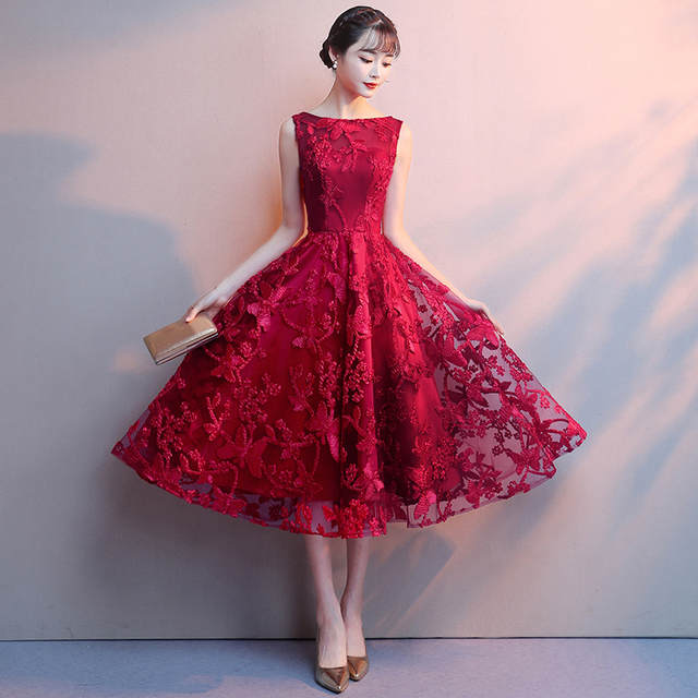 Red Lace Prom Dresses 2019 New Boat Neck Sleeveless A-Line Tea-lenth Midi.  placeholder ... ca9f21f824d6