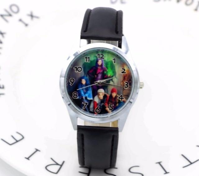 1a9afa863ac 2018 Chegam NOVAS Descendentes black Leather Banda Relógio de Pulso de  Quartzo Moda Da Menina Da