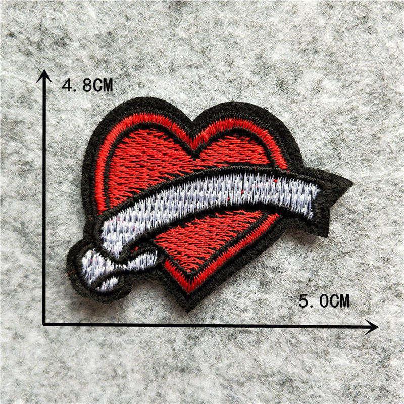 Мультяшная декоративная заплатка, сердце, дерево, Бабочка, узор, вышитая аппликация, нашивки для DIY, железные наклейки на одежду - Цвет: C6246