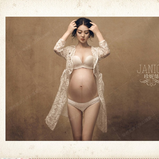 ad0e711ae79dd Royal Style Maternity Pregnant Women White Lace Photography Props Dresses  Fancy Pregnancy Photo Shoot pictures Prop Long Dress