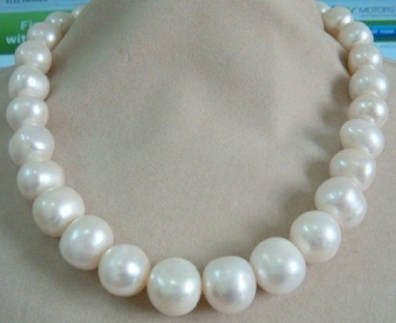 HUGE 13-15MM SOUTH SEA GENUINE WHITE PEARL NECKLACE 18 925 silver GOLD CLASPHUGE 13-15MM SOUTH SEA GENUINE WHITE PEARL NECKLACE 18 925 silver GOLD CLASP