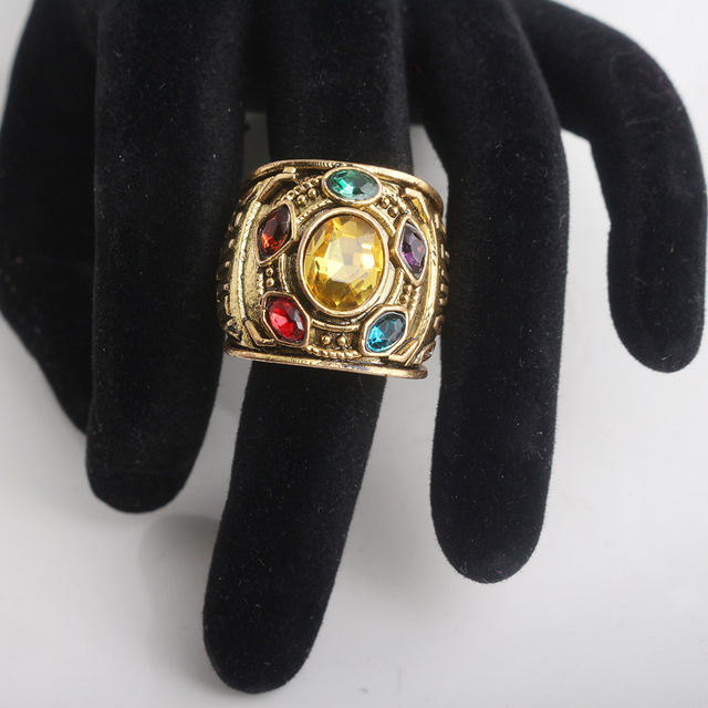 RJ Hot Sale Gold Thanos Rings Infinite Power Gauntlet Crystal Ring Avengers 3 Infinity War Cosplay Anillo Women Men Keyring Gift