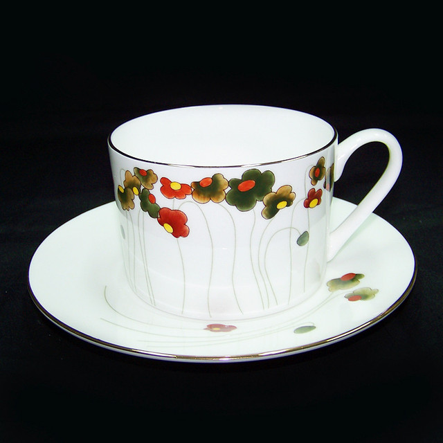 Free Shipping Hand Painting Bone China Gold Flower Coffee Cup And Saucer Beautiful
