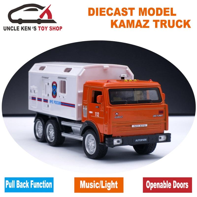Ruski model KAMAZ, vojaški tovornjak za kovinsko litino, otroške zlitine z darilno škatlo / funkcijo povleka nazaj / glasbo / svetlobo /