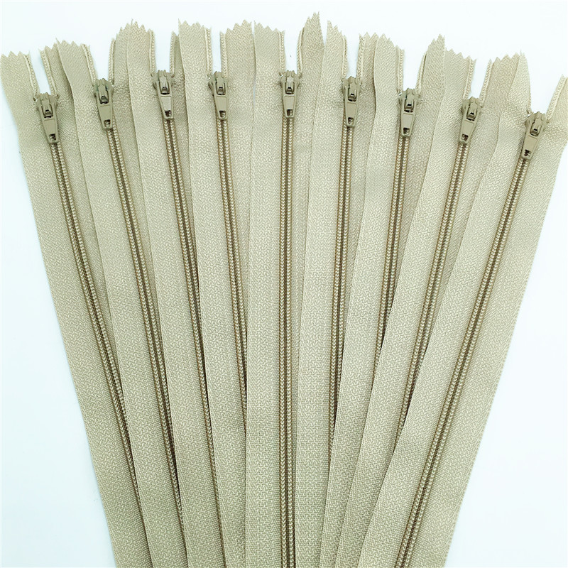10pcs brown color 3# 15/20/25/30/35/40/45/50/55/60CM (6-24inch) Closed Nylon Coil Zippers Tailor Sewing Craft