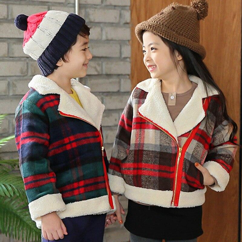 Winter baby girls boy thick woolen coat children's plus velvet  jacket kids plaid blends outwear slim lattic short jacket 17J701