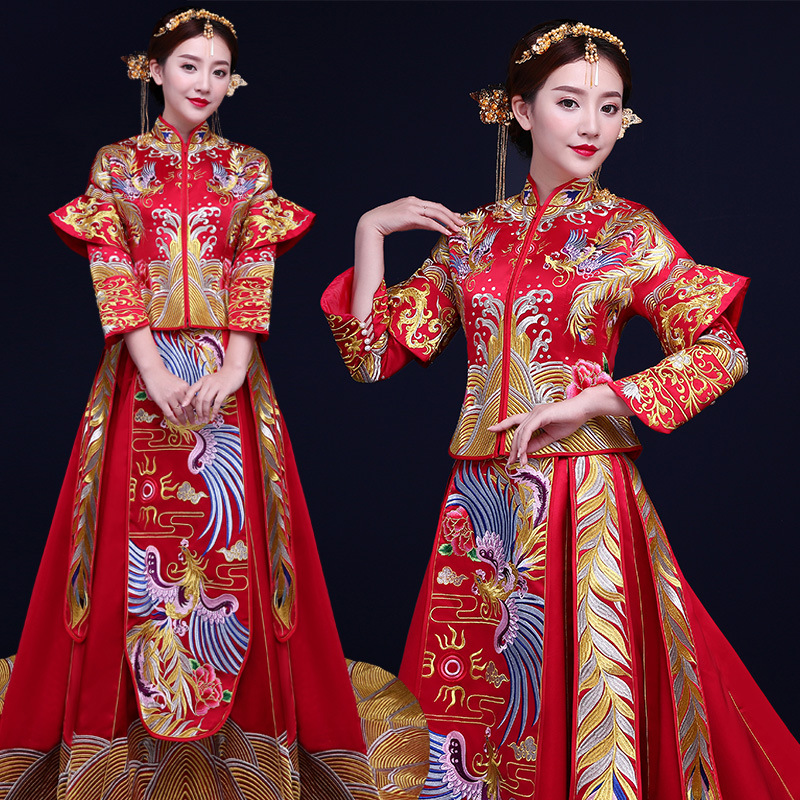 Sumptuous Chinese Style Wedding Dress Red Phoenix Retro