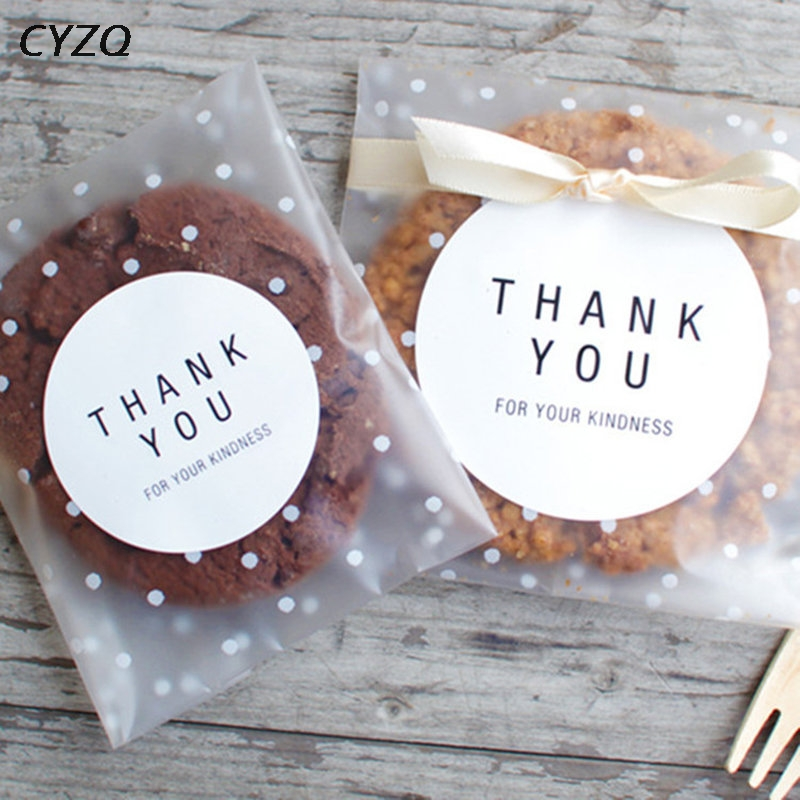 50pcs/lot 10*10cm Frosted Cute Dots Plastic Bag Wedding Party Candy Cookie Packaging Bags Cupcake Wrapper Self Adhesive Gift Bag