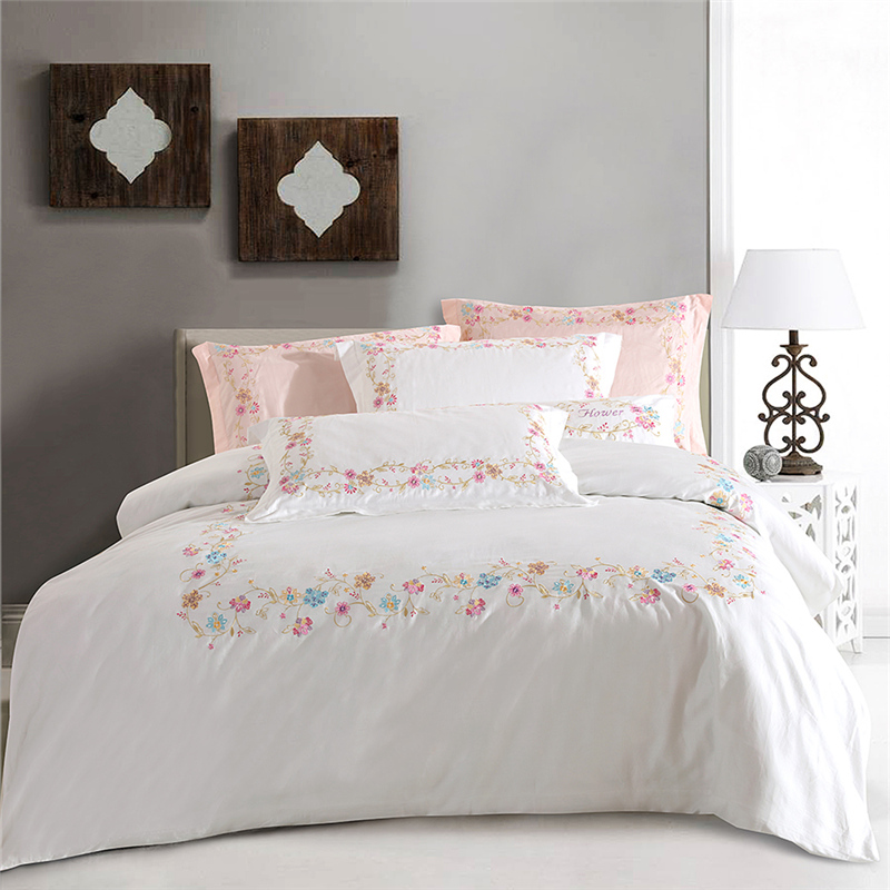 High quality Egypt Cotton Fresh garden Embroidered Bedding set soft silky  Queen King Size Duvet Cover set Bed Linen bedSheet 4pc