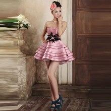 Rosa Cocktail Party Kleid Mit Schwarzen Federn Trägerlosen Satin Kurze Nette Junior Little Kleid