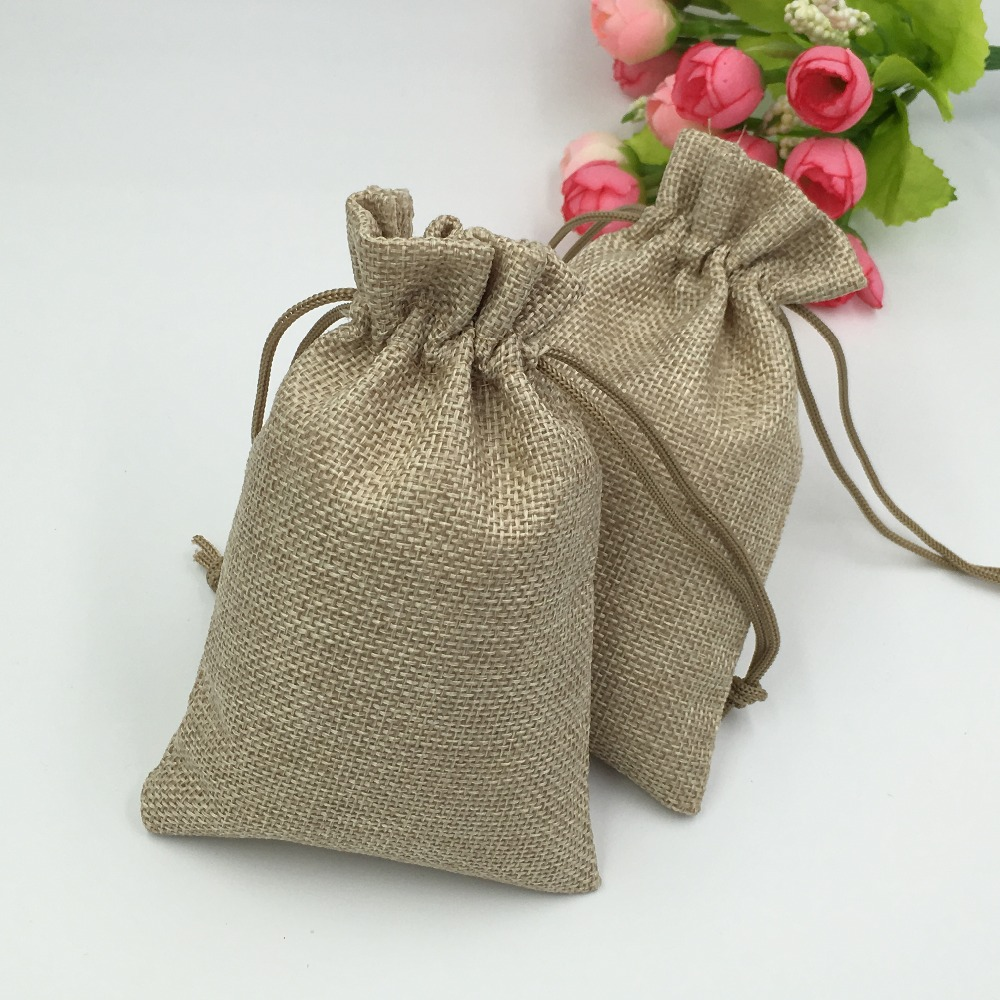 100Pcs Natural Jute Sack Vintage Style Handmade Drawstring Bags for Jewelry Wedding Christmas Gift Packaging Linen
