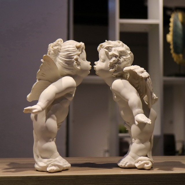 Handmade Resin Kiss Angel Wedding Gift Rough Girl And Boy Figurines Ornaments Home Decorations
