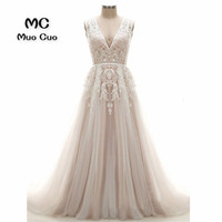 2018 A Line Wedding Dresses with Lace Appliques Robe de mariage Backless Tulle vestido de noiva Count Train Bridal Gowns