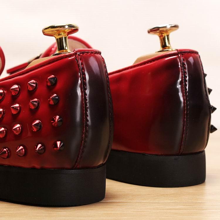 Gland Bateau Rivets rouge Cuir Mode Sur Rond Mocassins Slip Chaussures Arrivée Noir Couleur Hommes En Brosse Errfc Nouvelle Noir Bout Pu Rouge Homme IWgSwqOAq