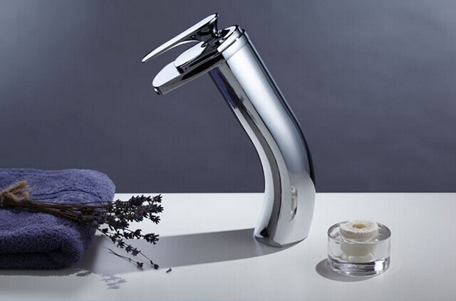 7 Faucet Finishes For Fabulous Bathrooms: Fashion Top High Quality Total Brass Chrome Finish Hot And