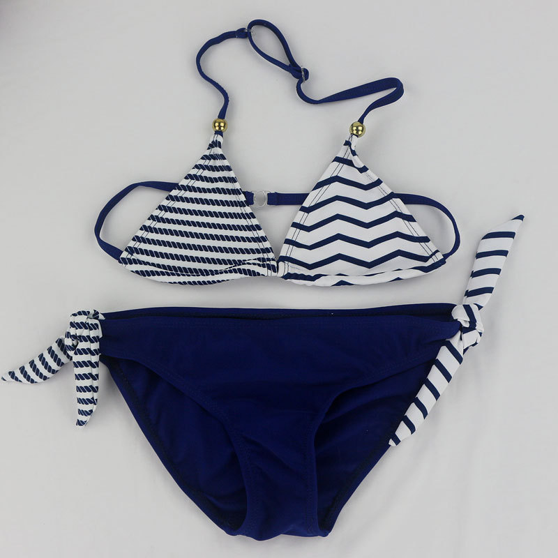 2018 New girls baby kids Striped Floral Cute Bikini Girls split Two Pieces swimsuit Bathing suit Beachwear kids biquini infantil