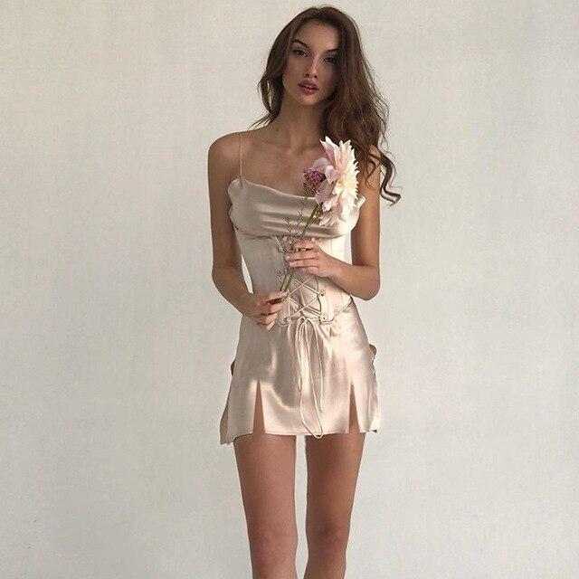 BOOFEENAA Sexy satén correa de espagueti corto Mini vestido con faja Vintage Vestidos noche Club Vestidos de verano C77-AA27