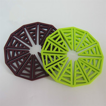 Multi-use Sunflower Silicone Coasters Extensible Placemats Heat Resistant Non Slip Table Mats Random Color artificial leather placemats non slip placemats bowls coasters waterproof table mats heat insulated table mats