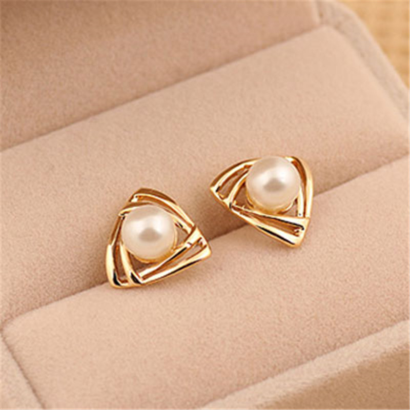 Simple Gold Earrings Women » Hotel le Louvre Cherbourg Manche ...