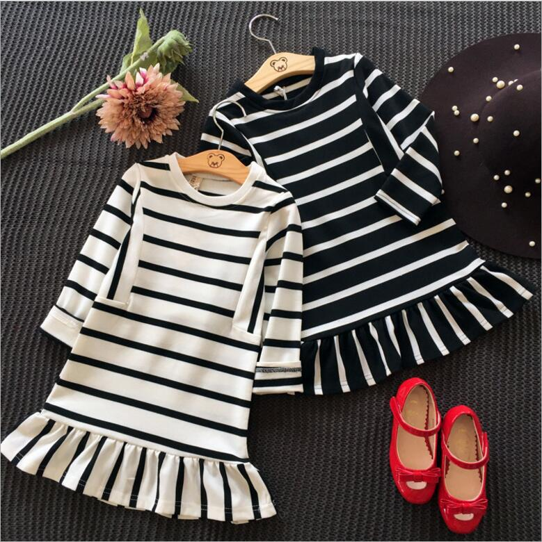 2016 Autumn new hot sell  girl cotton striped long sleeved sweater dress children 's lotus leaf baby girl cotton clothes