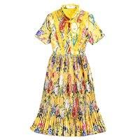 2018 Fashion Runway Bohemian Summer Ladies Doll Collar Short Sleeve Pleated Pearl Button Pleated Pleated Petunia Printed Dress