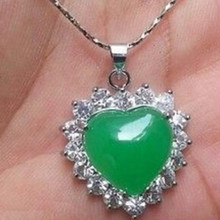 free shipping 11.23 Nature Green Rhinestone GP Heart-shaped Pendant  Necklace Discount 35% 49330ede02d8