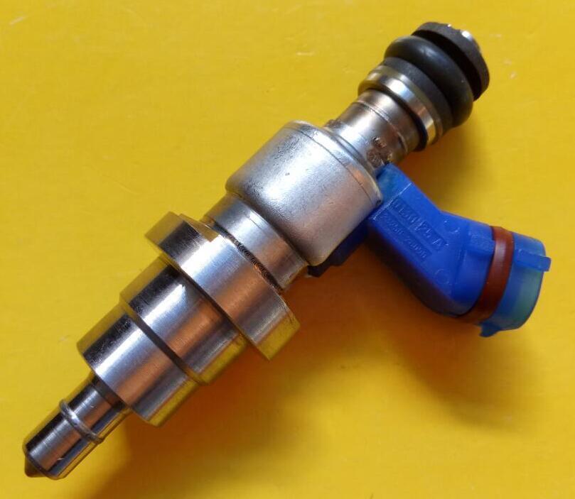 4 pcs/Lot Japon Original Injecteurs de Carburant 23250-28090 23209-28090 Injection de Carburant pour Toyota Crown avec le Paquet de Couleur boîte